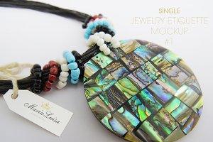 Single Jewelry Etiquette Mockup 1