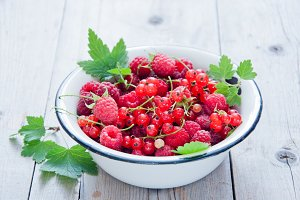 Raspberry and red currant