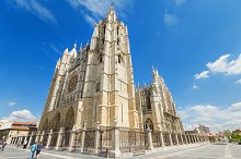 Tourist visiting Leon Cathedral