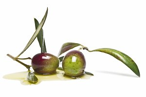 Premium green olives coverd in oil.