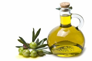 Green olives and oil.