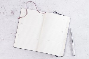 Open empty notebook