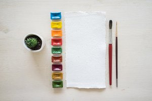 Paper and watercolor pack