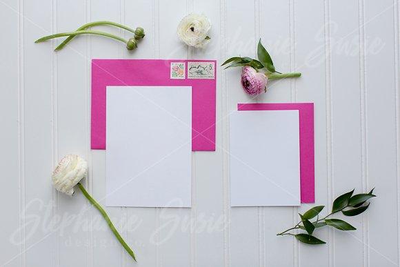 Fuchsia Daisy Invitation Lay Flat