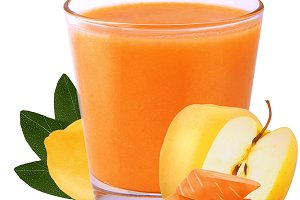 Juice lemon, apple and carrot