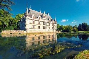 The chateau de Azay-le-Rideau