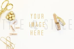 Styled Stock Photo - Gold desktop