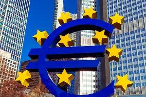Euro sign in Frankfurt am Main, Germany