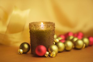 Holiday Decor, Candle & Ornaments