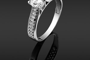 women's ring with diamonds