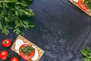 Mozzarella and tomatoes bread