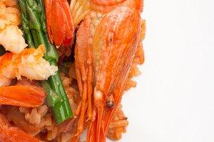 shrimp,rice and asparagus