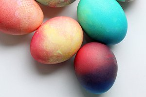 Gradient easter eggs