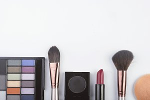 Make-up cosmetics