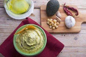 Hummus guacamole