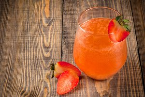 Organic strawberry juice