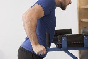 one man exercise parallel bar dip