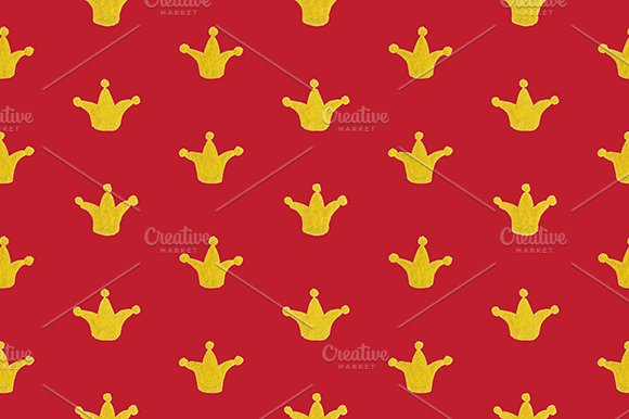 Golden Gold Crown Seamless Pattern