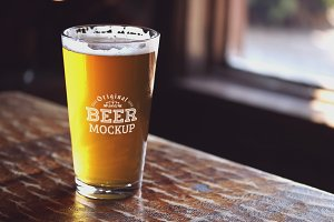 Beer Glass Mock-up#63