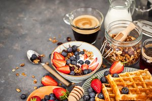 Breakfast with granola and waffles