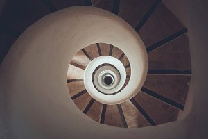 Circle spiral staircase - geometrical concept