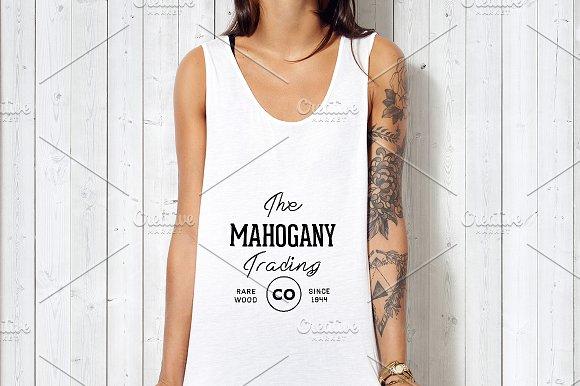 Blank White T-shirt Mockup 04