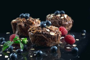 Oat muffins with blueberries