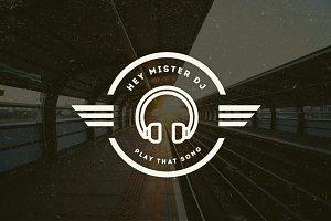 15 Vintage Logos & Badges