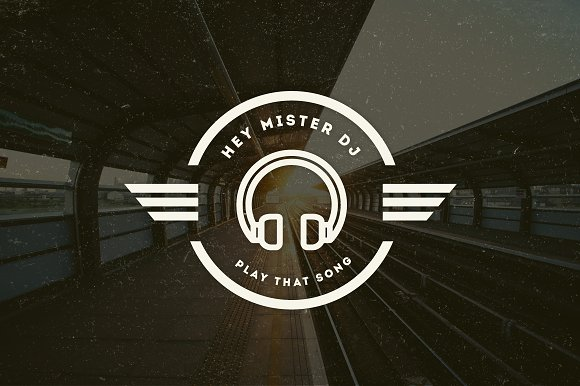 15 Vintage Logos & Badges in Logo Templates - product preview 4