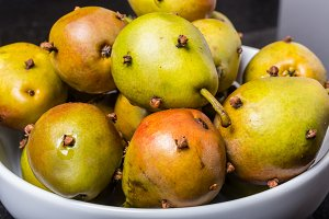 Spiced seckle pears