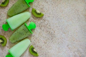 Ice cream with kiwi and fruit ice