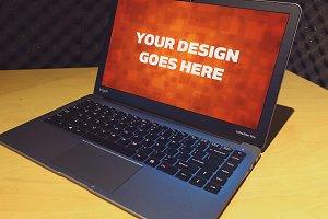 Windows Laptop Display Mock-up#31