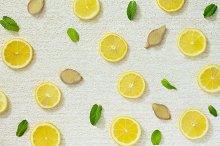 Slices of lemon, ginger