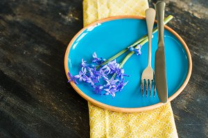 Spring table setting with hyacinth