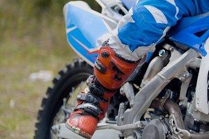 MXgirl on dirtbike - motocross sport