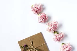 Gift box with string