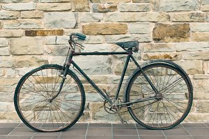 Antique or retro oxidized bicycle