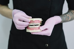 Dentists a dental intervention