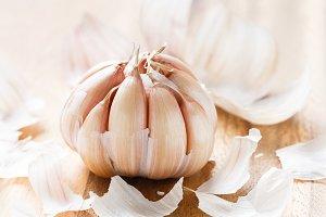 Organic garlic bulb