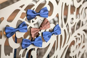 Beautiful wedding trellis decorated with bow-ties
