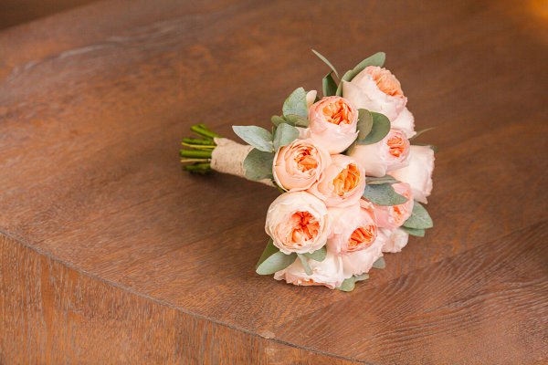 Wedding decorating bouquet of pink…