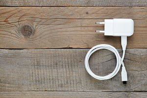 Charger for smartphone or tablet