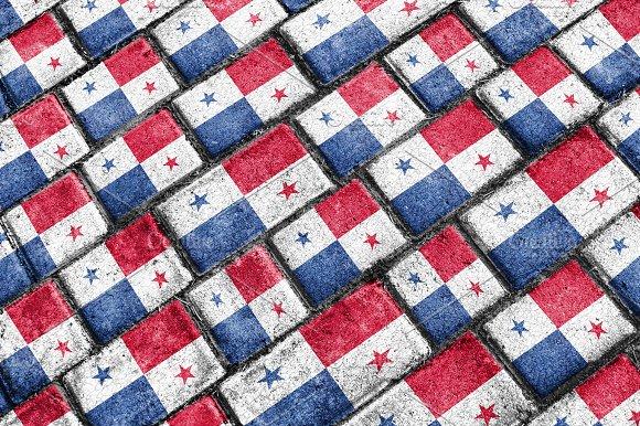 Panama Flag Urban Grunge Pattern