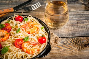 Pasta with grilled prawns shrimps