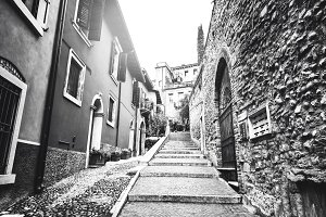 Verona street, black and white
