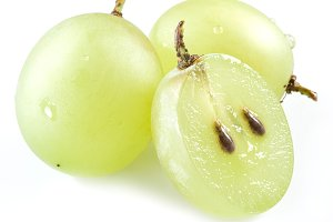 Three grapes on the white