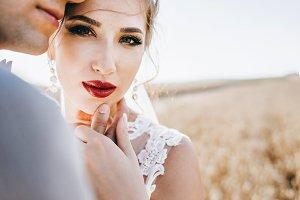 Amazing look of the bride