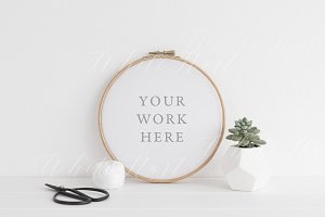 Embroidery hoop mock up - Psd+Png