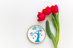 Love tree cookie and tulips