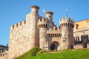 Ponferrada Castle entrance